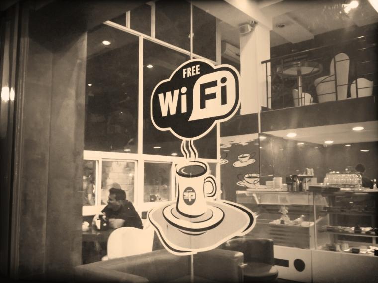 cafe-public-free-wifi